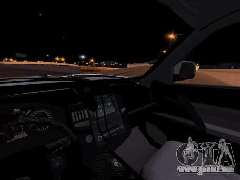 Toyota Land Cruiser POLICE para GTA San Andreas vista hacia atrás