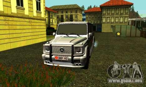Mercedes-Benz G500 Limo para GTA San Andreas left