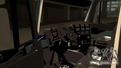 Iveco Hi-Land para GTA San Andreas vista hacia atrás