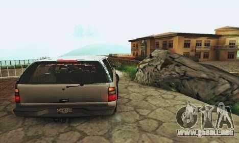 Chevrolet Suburban SAPD FBI para la visión correcta GTA San Andreas