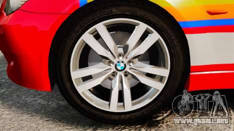 BMW M5 E60 Metropolitan Police 2010 ARV [ELS] para GTA 4 vista hacia atrás