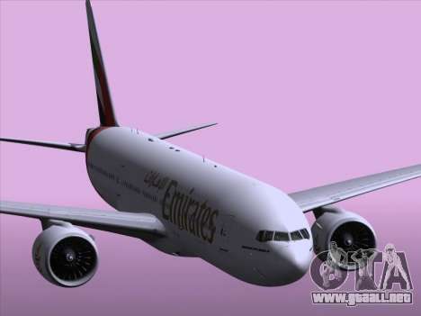 Boeing 777-21HLR Emirates para vista inferior GTA San Andreas