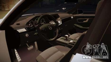 Mercedes-Benz E63 6.3 AMG Tedy para visión interna GTA San Andreas