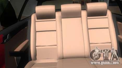 Volkswagen Passat B7 2012 para GTA Vice City vista posterior