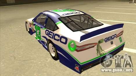 Ford Fusion NASCAR No. 13 GEICO para GTA San Andreas vista hacia atrás