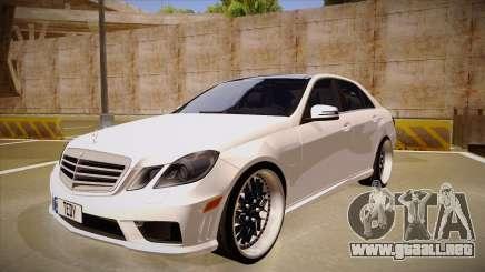 Mercedes-Benz E63 6.3 AMG Tedy para GTA San Andreas