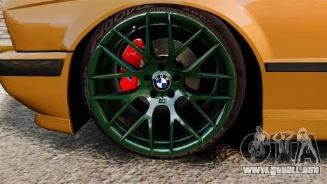 BMW M5 1995 para GTA 4 vista hacia atrás
