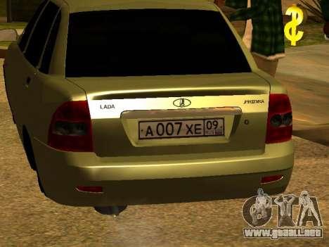 Lada 2170 Priora Gold para GTA San Andreas vista hacia atrás
