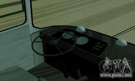 LAZ 699R para GTA San Andreas vista hacia atrás