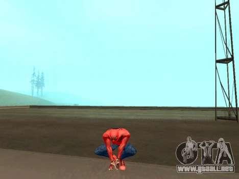 Se agacha como el asombroso Spider-man para GTA San Andreas tercera pantalla