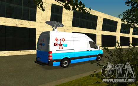 Mercedes Sprinter Entire FM para GTA San Andreas vista posterior izquierda