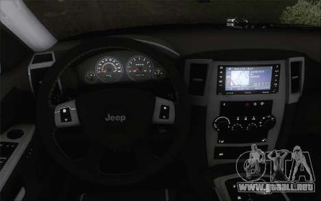 Jeep Cherokee SRT8 para GTA San Andreas vista posterior izquierda