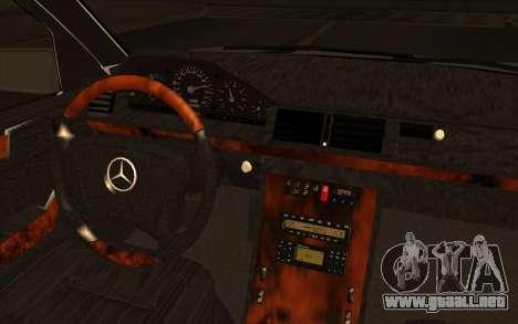 Mercedes-Benz E420 v2.0 para GTA San Andreas vista hacia atrás