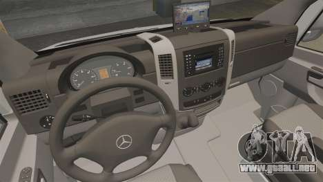 Mercedes-Benz Sprinter 2500 Delivery Van 2011 para GTA 4 vista lateral