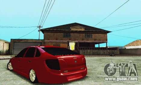 Lada Granta Hatchback para GTA San Andreas vista hacia atrás