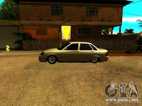 Lada 2170 Priora Gold para GTA San Andreas left