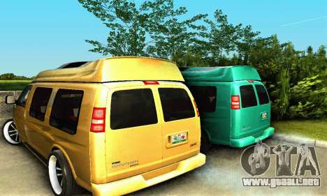GMC Savana para vista lateral GTA San Andreas