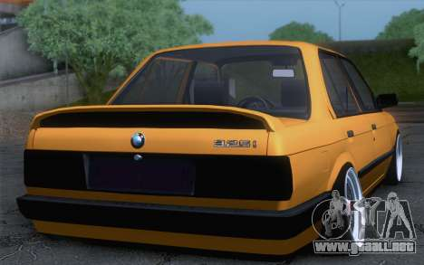 BMW E30 325i para GTA San Andreas left