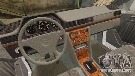 Mercedes-Benz C220 W202 v2.0 para GTA 4 vista hacia atrás