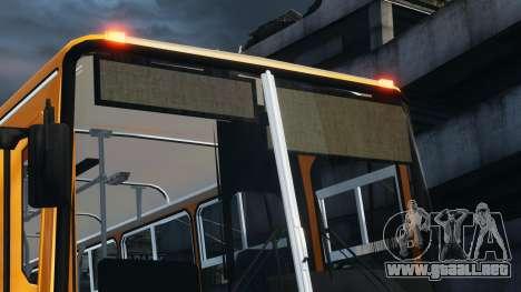 Ikarus 260 para GTA 4 visión correcta