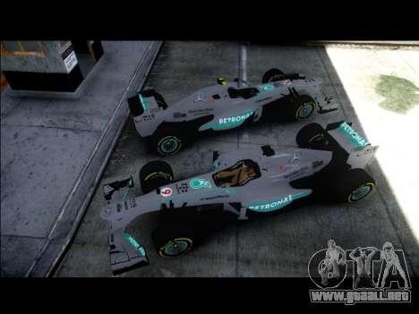 Mercedes F1 W04 para GTA 4 Vista posterior izquierda