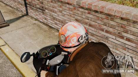 Una colección de cascos Arai v1 para GTA 4 adelante de pantalla