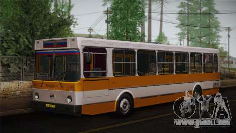 LIAZ piel 5256.00 3-Pack para GTA San Andreas left