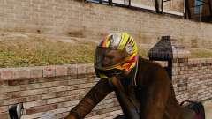Una colección de cascos Arai v1 para GTA 4