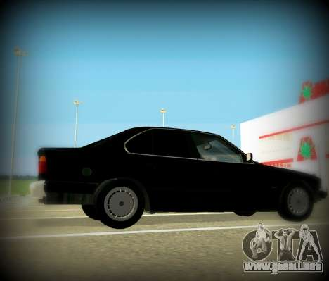 BMW 525 E34 para GTA San Andreas left