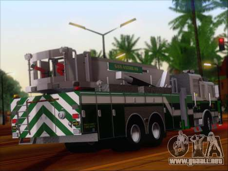 Pierce Arrow Midmount Aerialscope SAFR Tower 34 para la visión correcta GTA San Andreas
