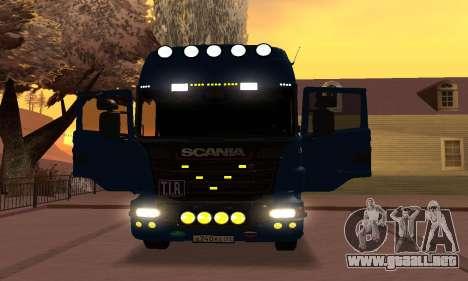 Scania Topline R730 V8 para GTA San Andreas vista hacia atrás