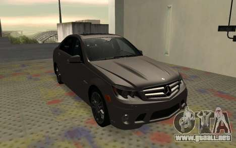 Mercedes-Benz C63 AMG para la visión correcta GTA San Andreas