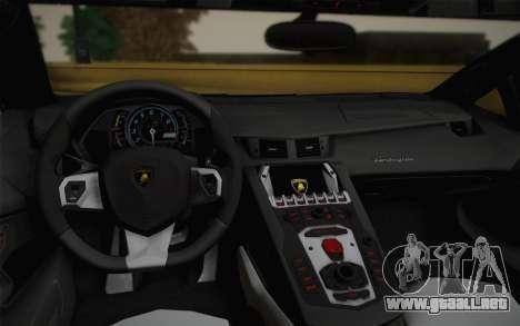 Lamborghini Aventador LP 700-4 Camouflage para visión interna GTA San Andreas