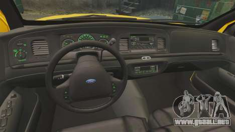 Ford Crown Victoria 1999 LCC Taxi para GTA 4 vista hacia atrás