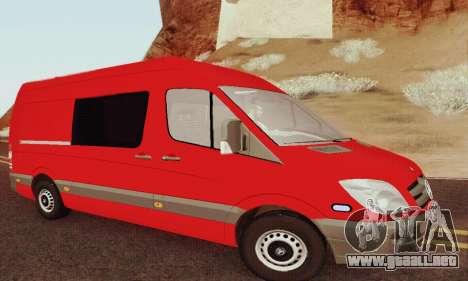 Mersedes-Benz Sprinter para GTA San Andreas vista hacia atrás