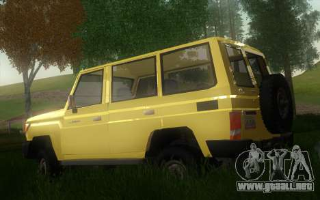 Toyota Land Cruiser Machito 2013 6Puertas 4x4 para GTA San Andreas left