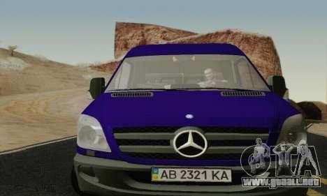 Mersedes-Benz Sprinter para GTA San Andreas left