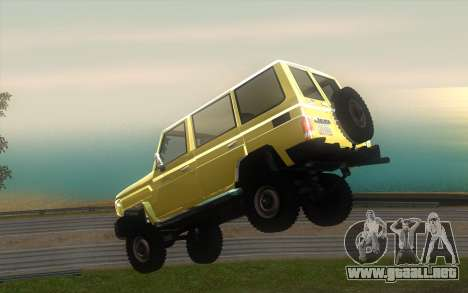Toyota Land Cruiser Machito 2013 6Puertas 4x4 para visión interna GTA San Andreas