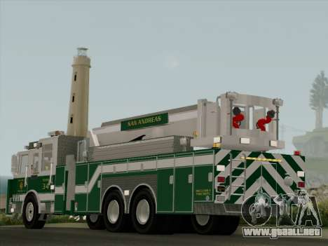 Pierce Arrow Midmount Aerialscope SAFR Tower 34 para GTA San Andreas vista posterior izquierda