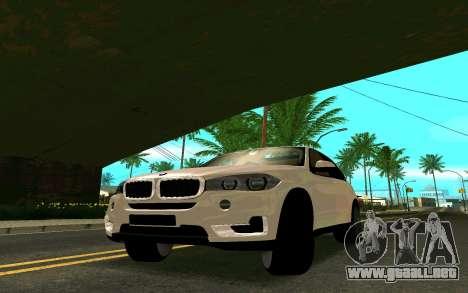 BMW X5 F15 para GTA San Andreas vista posterior izquierda