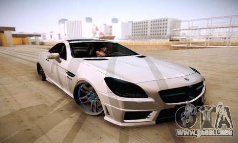 Mercedes Benz SLK55 AMG 2011 para GTA San Andreas vista hacia atrás