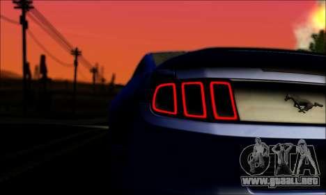 Ford Mustang GT 2013 v2 para GTA San Andreas vista hacia atrás