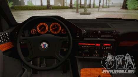 BMW E34 Alpina B10 para GTA San Andreas vista hacia atrás