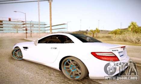 Mercedes Benz SLK55 AMG 2011 para GTA San Andreas left