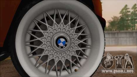 BMW M5 E30 para GTA San Andreas vista posterior izquierda