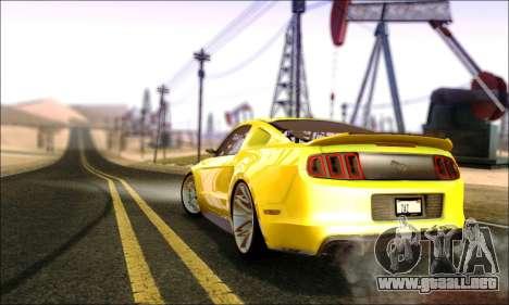 Ford Mustang GT 2013 v2 para GTA San Andreas vista posterior izquierda
