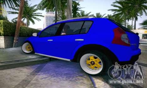 Dacia Sandero para GTA San Andreas left