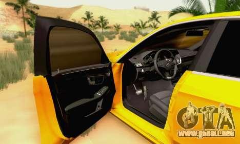 Mercedes-Benz E63 AMG para las ruedas de GTA San Andreas