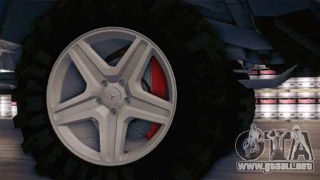 Mercedes-Benz G63 AMG 6X6 para GTA San Andreas vista hacia atrás