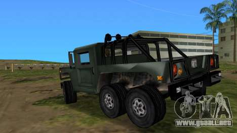 Patriot 6x6 para GTA Vice City left